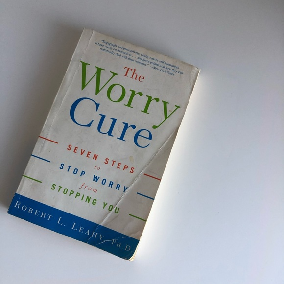 📚The Worry Cure (Robert L. Leahy)📚